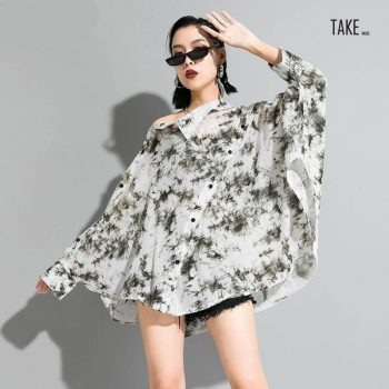 New Fashion Style White Pattern Printed Asymmetrical Shirt Blouse Fashion Nova Clothing TAKE IMAGE